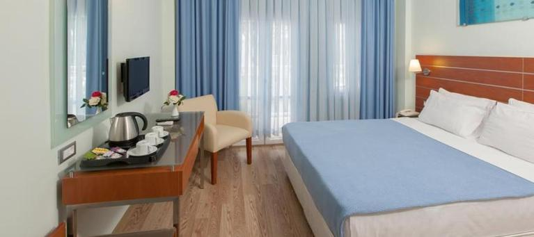 хотел Petunya Beach Resort  4*